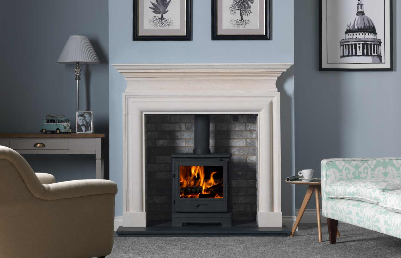 Bassington Stove in black (Standard Legs)